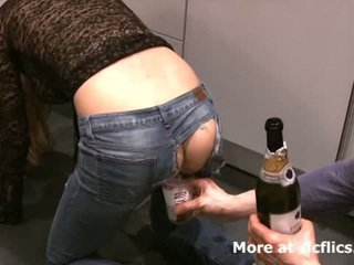 Fisting můj girlfriends netvor gaping asshole