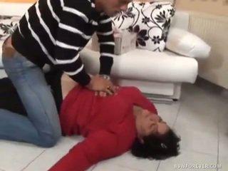 Těžký mastný felt whilst unconscious