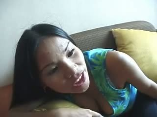 Filipina lickers5