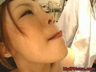 Dreckig asiatisch krankenschwester likes sex