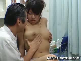 Spy búp bê climax massage