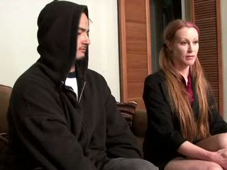 Darby daniels-parole ufficiale gets knocked fuori da parolee