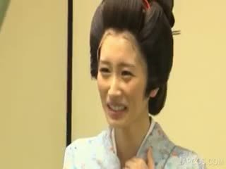 japán, nagy mellek, egyenruha
