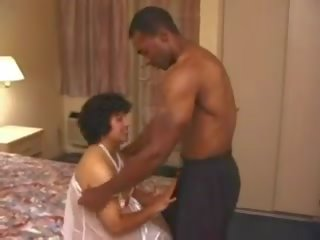 Indian Chick Anal Fucking a BBC, Free Porn e2