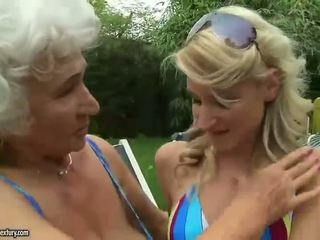 Duro sexo con adolescentes blondes