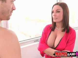 GF Abby Cross catches stepmom with BF