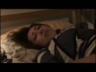 Yumi kazama - frumos japonez milf