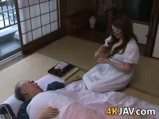 japon, büyük göğüsler, eski + genç