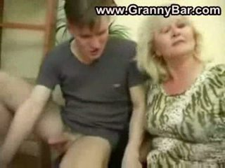 pussyfucking, močiutė, blowjob
