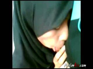 pijpen, buitenshuis, hijab