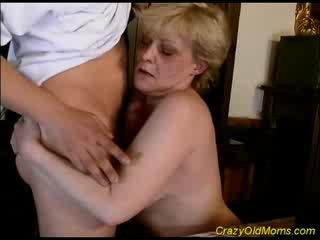 Senas mamytė gets sperma