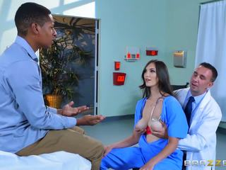 Brazzers - Dirty doctor Holly Micheals
