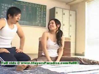 Sora aoi hot jente lovely kinesisk modell enjoys getting teased