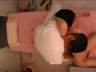 Японки масаж част 2 видео