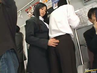 Saori hara 该 泰国 stunner gives 一 舔 在 该 subway
