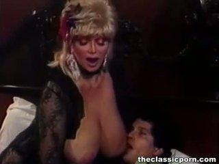 Rubia zorra con grande tetitas fucks guy