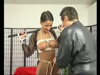 Brunet betje eje loves being tied up - julia reaves