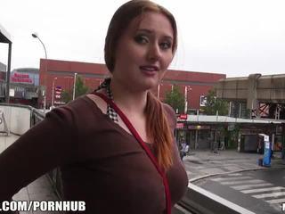 Mofos - punane juuksed, suur tissid