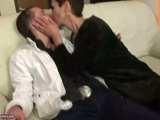 Neslušné babka jebanie s a chlapec