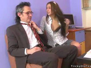 וולגרי ו - פרועה שולחן סקס