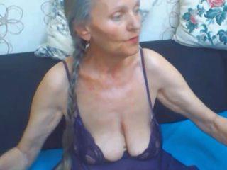 大胸部, 奶奶, 大烟头