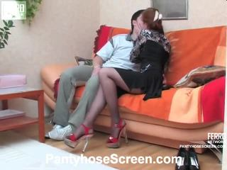 Penelope と adam screened 同時に pantyhosing