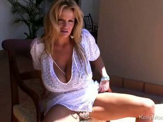 Kelly madison feels the sonce na h.
