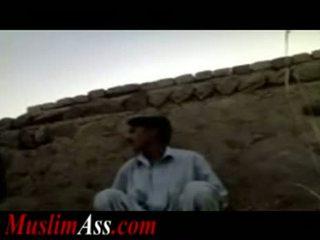 Pakistanietiškas lauke seksas