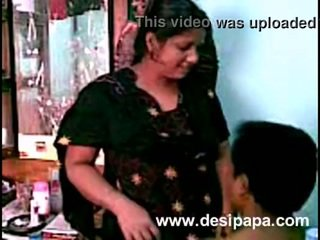 India pasangan seks