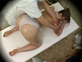 Spycam mode model seduced door masseur 1