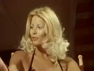 Mare facial scenă cu fastuos pornstar seka