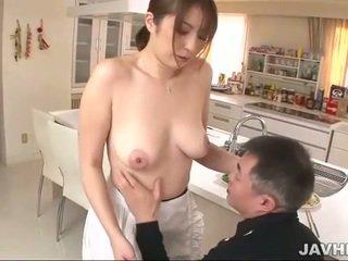 बस्टी जपानीस does boobjob