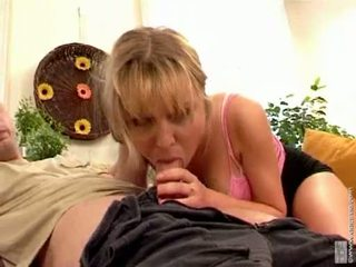 Bitchy anastasia christ eagerly takes a long jock in this guyr soçniý mouth