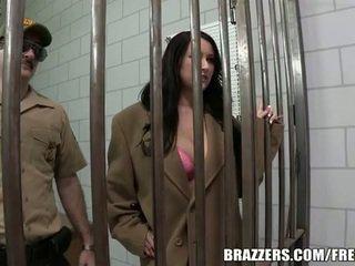 Alexis grace fucks to survie in prison