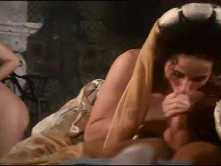 Royal orgie avec gros seins hottie sarah jeune