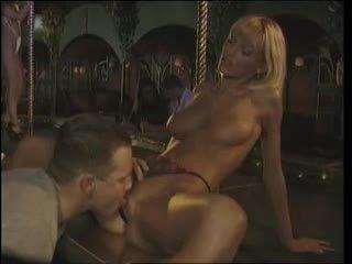 Anita 金發 - 夾 舞台 他媽的 在 該 夜晚 俱樂部 (1996)