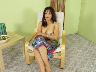 Hot mom aku wis dhemen jancok lala bond gives a full presentation of herself
