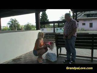 Pirang hot gets old jago bayan and cum dijupuk between susu