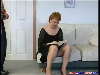 Handyman forzado a joder rusa madura mamá