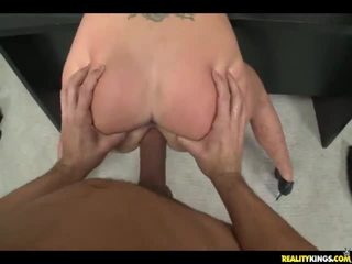 Guy Picks Up A Whore And Fucks Her In A Hotel