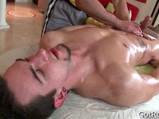Gombík receives jeho najväčšie pierced cockk massaged