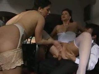 Erika neri と jessica fiorentino