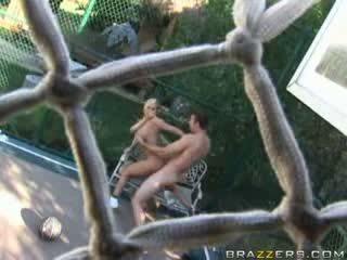 Brazzers - bigtit Blonde Escort gets fucked outdoors