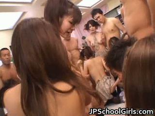 Katsella vapaa aasialaiset porno sisään koulu tyttö yhdenmukainen vapaa virta