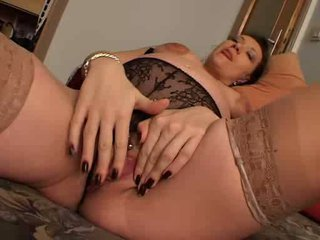 Chubby Pregnant Lady Rubbing Snatch Video