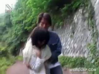 Ασιάτης/ισσα σχολείο κούκλα kidnapped για σεξ gets μουνί opened