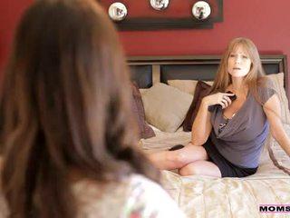 Mamičky vyučovať sex - mama teaches stepdaughter niektorí nový tricks