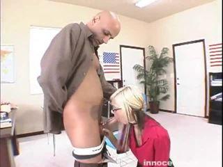 Christine alexis seduces 男 involving 彼女の lacy ランジェリー