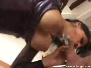 Hawt Slut Ellen Saint Doing A Wicked Groupsex