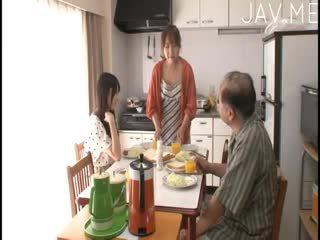 nominale japanse, u pijpbeurt, plezier kindje zien